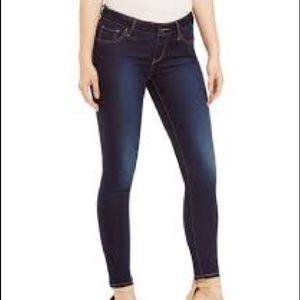 Levi's 811 Curvy skinny jeans dark wash